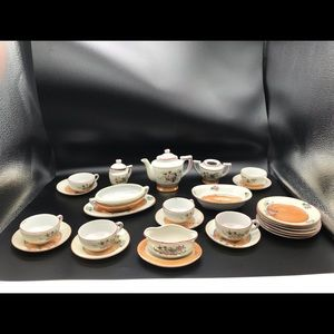 25 piece mini luster ware hand painted tea set